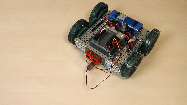Image for VEX EDR Intro. Turn right with the VEX robot