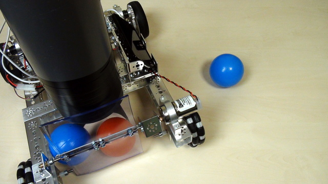 Image for Tetrix FTC. How to store and empty a container with balls