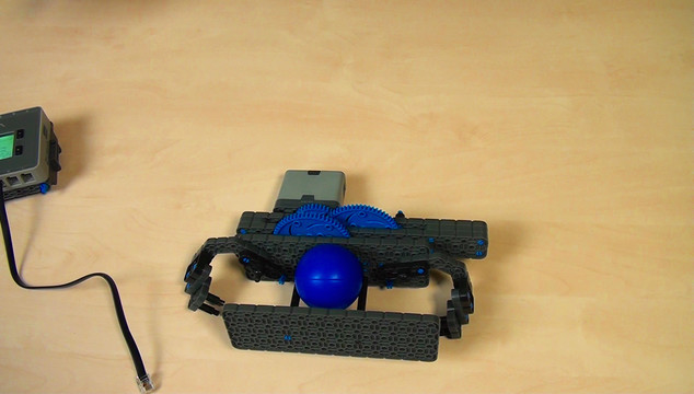 Image for VEX IQ. System of gears when throwing a ball with levers