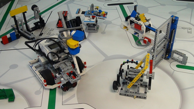 Image for Category Mindstorms Competitions