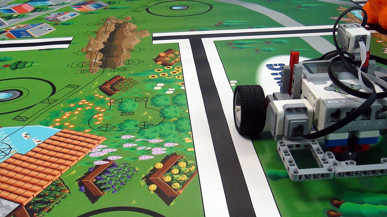 Image for Moving Straight with LEGO Mindstorms EV3 robots